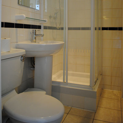 En suite bathrooms